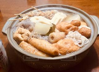 食べ物,冬,食事,食卓,鍋,おかず,暖かい,湯気,晩御飯,和食,おでん,練り物,関東炊き,普段ご飯