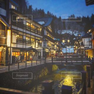 夜の街の写真・画像素材[1259025]