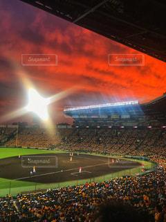 甲子園球場の夕焼けの写真・画像素材[1425718]