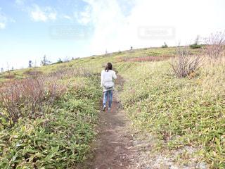 女性,自然,山,トレッキング,坂道,ハイキング,軽装,山田峠