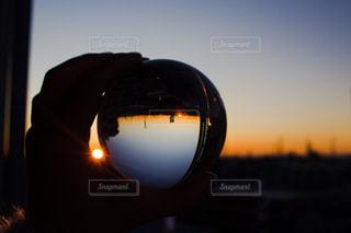 空,夕日,夕焼け,ガラス玉