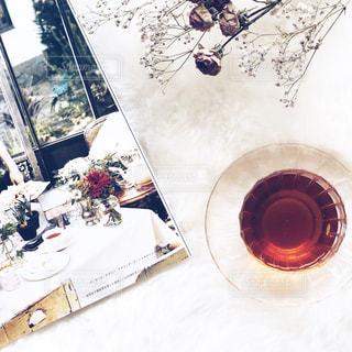 室内 部屋 お部屋 おうち 本 紅茶 ドライフラワー  バラ