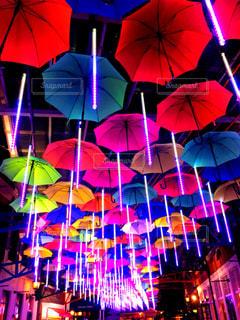 傘,カラフル,鮮やか,梅雨