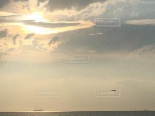 海,空,飛行機,夕陽,着陸