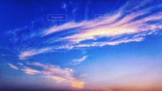 青い空に雲の写真・画像素材[1315884]