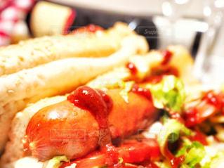 ホットドッグでサンドイッチでの写真・画像素材[2547747]