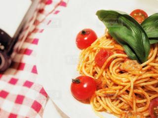 アサリのトマトソースパスタの写真・画像素材[3171100]
