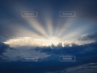 日の出 初日の出の写真・画像素材[4053033]