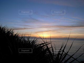 自然,海,空,夕日,屋外,夕焼け,海辺,旅行