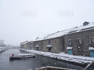 空,冬,雪,屋外,白,ボート,川,水面,北海道,家,小樽,ホワイト,休暇
