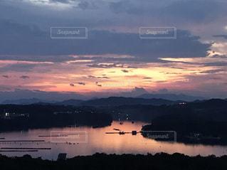 海,空,夕日,綺麗,夕焼け,夕暮れ,海岸,オレンジ,丘,日の入り,素敵,英虞湾,湾