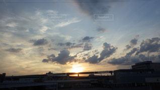 自然,夕日,京都,雲,夕暮れ,川,日本,鴨川,フォトジェニック