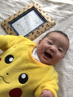 黄色,笑顔,赤ちゃん,男の子,ピカチュー