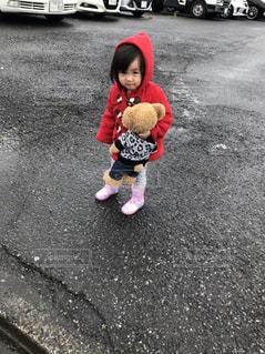 雨,女の子,長靴,2歳,赤いコート