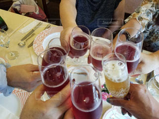 飲み物,屋内,ジュース,椅子,テーブル,お店,グラス,レストラン,乾杯,ドリンク,女子会,アルコール,お料理,ランチ会