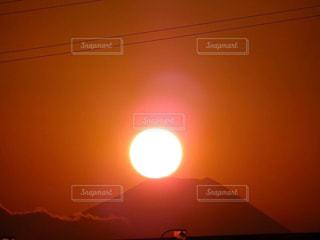 空,夕日,富士山,屋外,太陽,夕暮れ,オレンジ,光