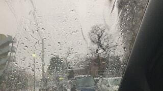 雨,車,駐車場,車内,水面,ワイパー,流れる,豪雨,フロントガラス