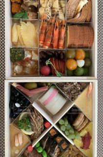 料理の種類でいっぱいのボックスの写真・画像素材[1734090]