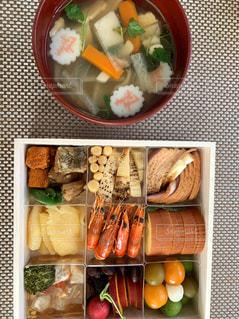 お雑煮とおせち料理の写真・画像素材[1734095]