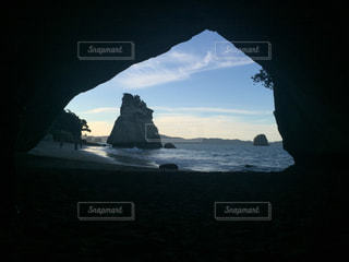 空,夕日,ビーチ,夕焼け,海辺,日没,洞窟,サンセット,夕空,ゆうやけ