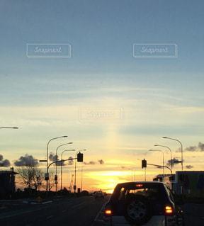 夕日,太陽,夕焼け,道路,シルエット,街,サンセット