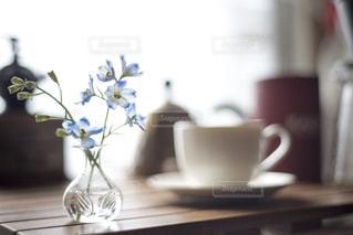 花と共に過ごす時間の写真・画像素材[1396007]