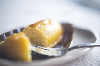 食べ物,スイーツ,黄色,フォーク,おやつ,皿,甘い,美味しい,色,スイートポテト,黄,芋,ポテト,yellow