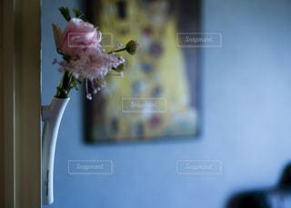 花のある暮らしの写真・画像素材[2168603]