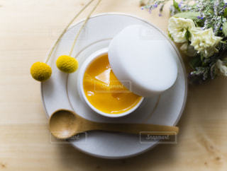 栄養たっぷり美容液の写真・画像素材[2383006]