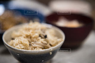 きのこご飯の写真・画像素材[3710505]