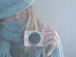 手編みのマフラーと帽子の写真・画像素材[4273620]