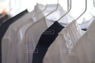 洗濯物の部屋干しの写真・画像素材[4647963]