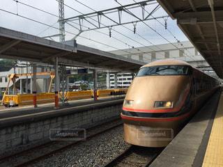 列車が駅に引いての写真・画像素材[1265328]