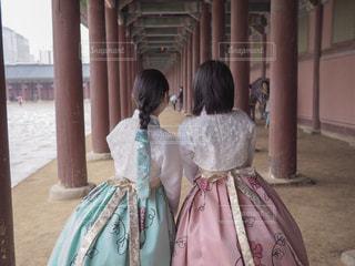 韓国でチマチョゴリの写真・画像素材[2033873]