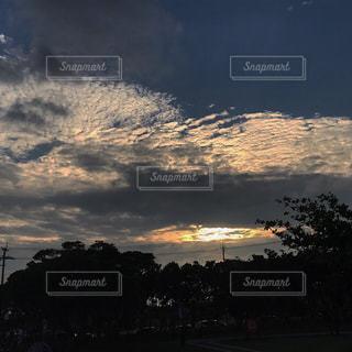 空,夕日,雲
