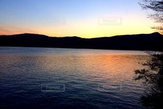 自然,風景,空,湖,夕暮れ,水面