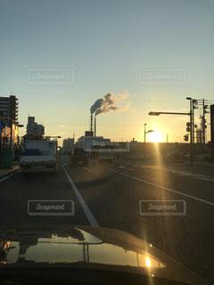 夕日,工場,街の風景
