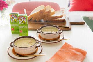 朝食,スプーン,皿,美味しい,キッコーマン,クラムチャウダー,豆乳スープ,ホッ豆乳,調整豆乳,豆乳クラムチャウダー,豆乳でスープ