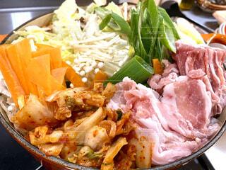 料理は食べ物でいっぱいの写真・画像素材[3984150]
