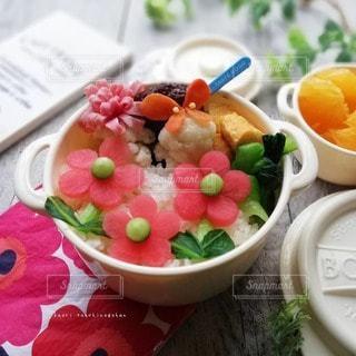 マリメッコ風のお弁当の写真・画像素材[3124742]