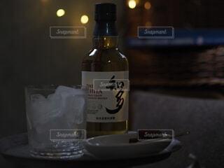インテリア,夜,お酒,ウイスキー,晩酌,自分時間,ハーフボトる,ちょっとしたご褒美,ウイスキーがお好きでしょ,チタ