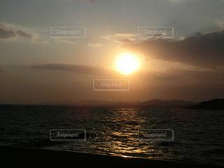 宍道湖の夕日の写真・画像素材[1278649]