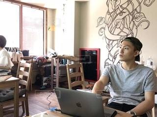 パソコン,PC,MacBook,作業中,検索