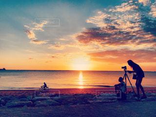 恋人,海,空,夕日,ビーチ,バリ,シネマティック