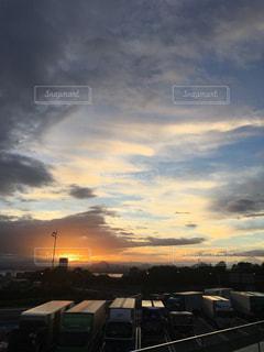 空には雲のグループの写真・画像素材[1278912]