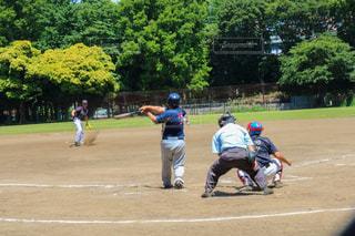 野球場の人々 のグループの写真・画像素材[1303602]