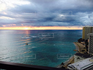 海,夕日,ハワイ,Hawaii,ワイキキビーチ,オーシャンビュー,フロントオーシャン