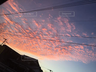 火に沈む夕日の写真・画像素材[1296231]