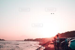 海,空,夏,夕日,富士山,屋外,夕焼け,海岸,シルエット,旅行,湘南,神奈川,七里ヶ浜,フォトジェニック