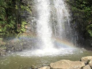 竜吟の滝で偶然に虹が出ました!の写真・画像素材[2508270]